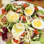 Salatka z tunczykiem, jaj...