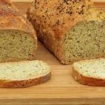 Chleb z ziarnami,...