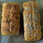 Chleb orkiszowy z ziarnam...