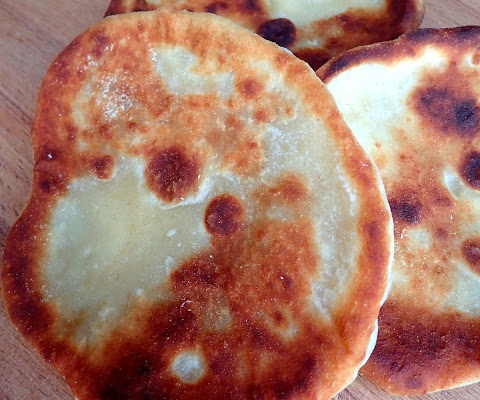 Chlebek naan (naan bread) – idealny do curry