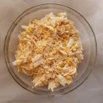 Salatka z sera zoltego