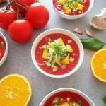 Letnie gazpacho z pomaran...