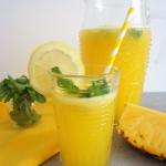 Ananasowa lemoniada...