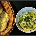 Hummus i manakisz - na...