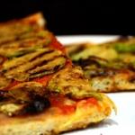 Razowa pizza z cukinia: z...