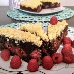Ciemne ciasto z owocami...