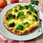 Omlet z serem i brokulami...