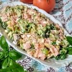 Salatka z brokulem i szyn...