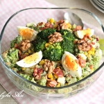 Salatka brokulowa z bekon...