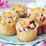 Muffinki z malinami i...