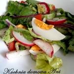 Zielona salata z warzywam...