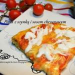 Pizza z szynką i sosem...