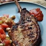Tomahawk steak . Stek...