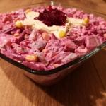 Salatka z burakow i sledz...