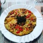 OMLETOWA PIZZA