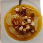 Zupa dyniowo- imbirowa...