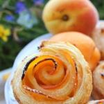 Morelowe różyczki –...