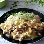 Filet z kurczaka w sosie...
