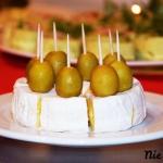 Koreczki z serem...