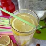 Lemoniada migdalowa
