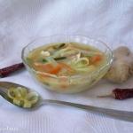 Zupa po tajsku z kurczaki...