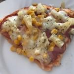 Pizza + sos na spód...