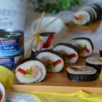 Sushi z tunczykiem, papry...