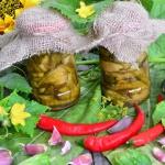 Ogorki z chilli i miodem