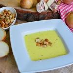 Zupa cebulowo - serowa z...
