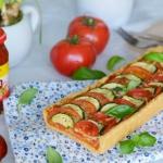 Tarta z mocno pomidorowym...