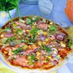 Pizza z łososiem w...