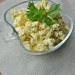 Sałatka z jajkiem,...