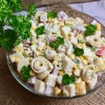 Salatka z tortellini, szy...