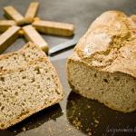 Chleb 3 zboza z maka owsi...