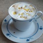 Kawa waniliowa z białą...