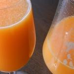 Zdrowy sok owocowy z...