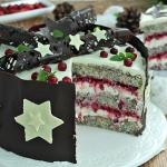 Makowy tort z żurawiną...