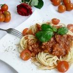 Spaghetti z sosem bologne...