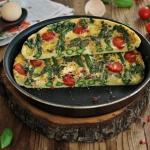 Bazyliowy omlet ze szpara...