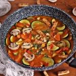 Kokosowa zupa curry z...