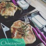 Chaczapuri z jarmużem