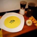 Czosnkowan zupa krem