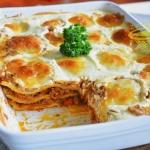 lasagne z ricotta i mozza...
