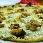 pizza z kurczakiem, szpin...