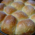 Buchty drozdzowe z serem