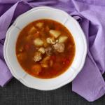 Zupa gulaszowa:...