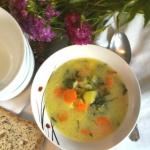 Wiosenna zupa z kalarepy ...