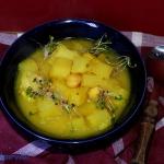 Rozgrzewajaca zupa z czar...