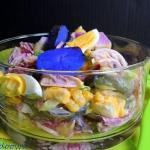 Kolorowa salatka z majone...
