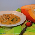 Zupa z dyni i plantanow z...